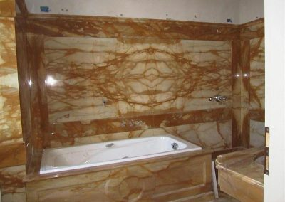 Giallo Siena Bath