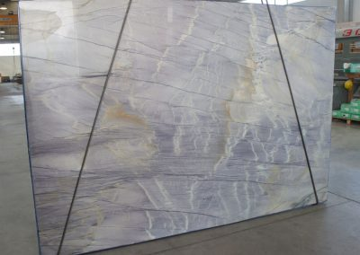 electric_blue_Quartzite